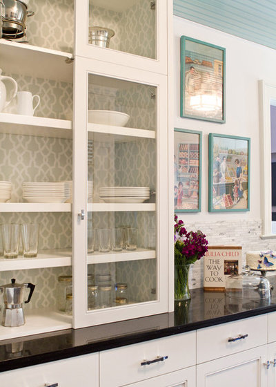 Traditional Kitchen by Charmean Neithart Interiors