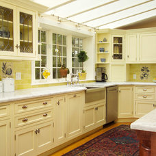 Traditional Kitchen by OLSON LEWIS + Architects