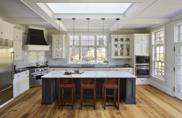Amazing Traditional Kitchen by Jewett Farms Co