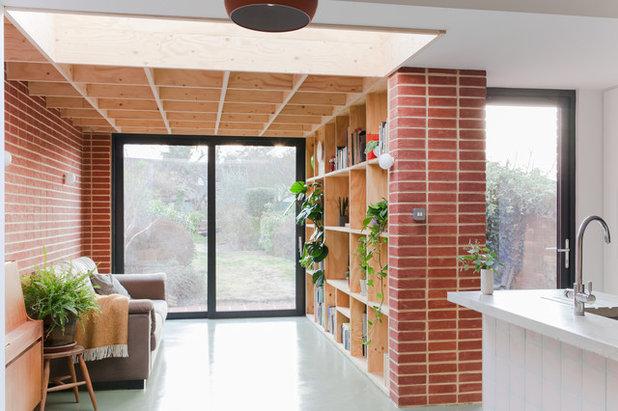 Scandinavian Kitchen by nimtim Architects