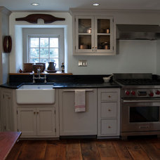 Traditional Kitchen Hobday
