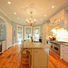 Traditional Kitchen by Hudson Place Realty