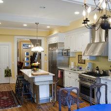 Eclectic Kitchen by De Biasse & Seminara Architects, PC