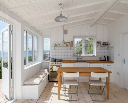 This Is An Example Of A Medium Sized Beach Style Single Wall Kitchen/diner