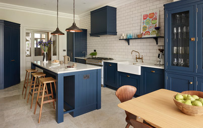 8 Flooring Ideas to Team With Your Dark Blue Kitchen
