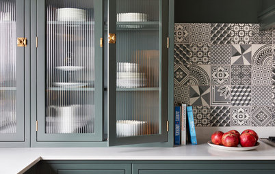 8 Ways to Use Fluted Glass