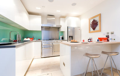 10 Ingenious Kitchen Layouts for a Smart Space