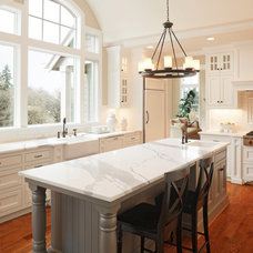 Traditional Kitchen by Ashleigh Weatherill Interior Design