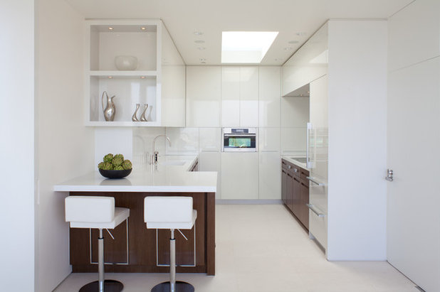 Contemporary Kitchen by Biglin Architectural Group
