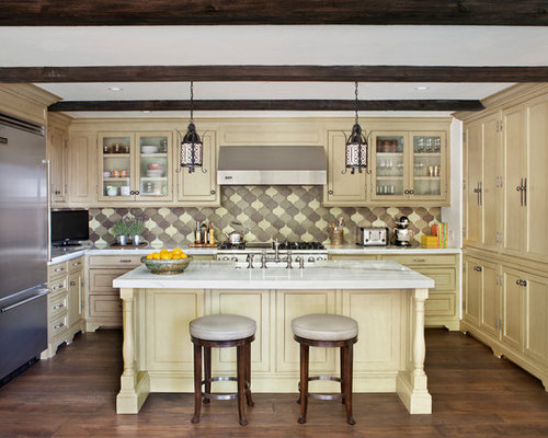 Best Kitchen with Yellow Cabinets Design Ideas & Remodel Pictures | Houzz