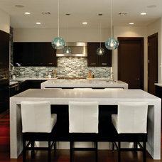 Contemporary Kitchen by Barron Development Corp.