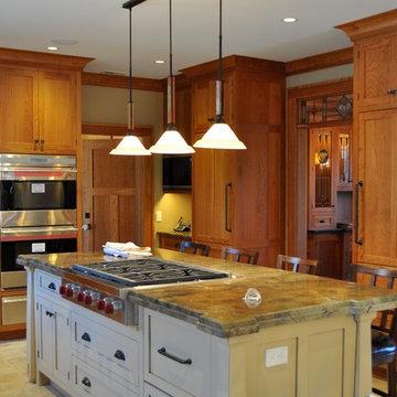 Holmdel American Craftsman Style