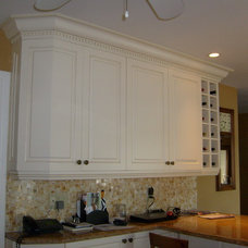Traditional Kitchen by Kitchen Gallery