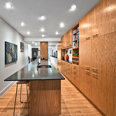 modern kitchen by Kariouk Associates