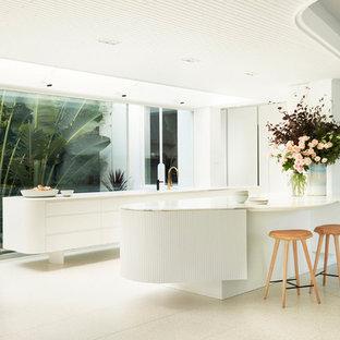 Cuisine Moderne Avec Une Crédence En Fenêtre Photos Et Idées Déco