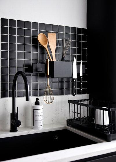Kitchen by Studio FortyFour