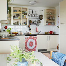 Eclectic Kitchen by Joanna Thornhill Interiors