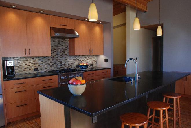 Modern Kitchen by Clinkston Architects