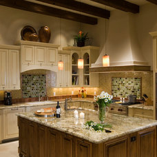 Traditional Kitchen by Creative Sound and Integration