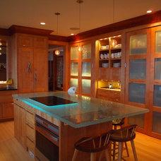 Contemporary Kitchen by Dale Kolbeck, Architect