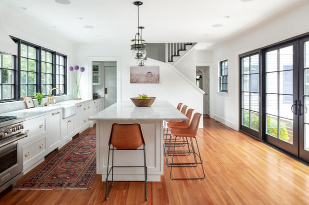 Farmhouse Kitchen by kelly mcguill home