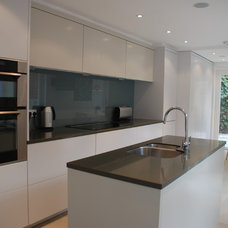 Contemporary Kitchen Home Renovation im South West London