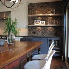 Transitional Kitchen by Tanner Vine - 2Go Custom Kitchens Inc