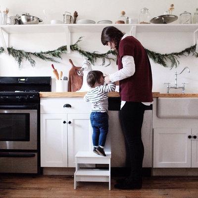 Modern Kitchen by SmartFurniture
