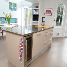 Modern Kitchen by Beccy Smart Photography