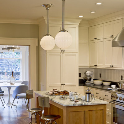 Inspiration for a timeless kitchen remodel in Portland with shaker cabinets, white cabinets and stainless steel appliances