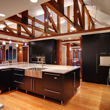 Contemporary Kitchen by Virtuance