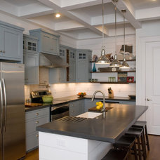 Traditional Kitchen by S&W Home Builders
