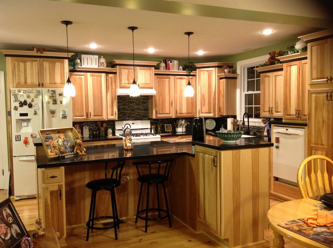 Traditional Kitchen by Chelsea Wells Lowe's 1747