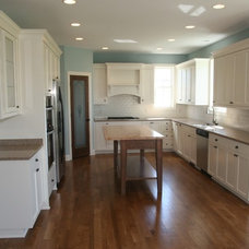 Traditional Kitchen by Honey-Doers Home Remodeling and Handyman Service