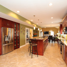 Traditional Kitchen by New City Construction