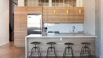 Horizontal Grain Kitchen