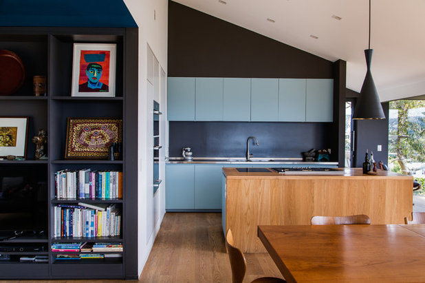 Contemporary Kitchen by Damian Hannah Designer