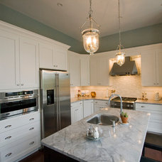 Traditional Kitchen by Kitchen and Bath Factory, Inc.