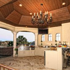 Mediterranean Kitchen by Zbranek & Holt Custom Homes