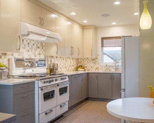 cuisine avec une cr dence multicolore et un sol en linol um photos et id es d co de cuisines. Black Bedroom Furniture Sets. Home Design Ideas