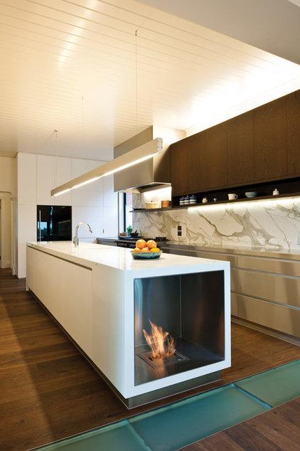Modern Kitchen by EcoSmart Fire