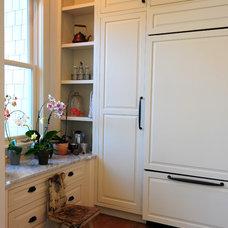 Traditional Kitchen by Ecologic-Studio, llc