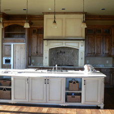 Traditional Kitchen House Calls! Interiors