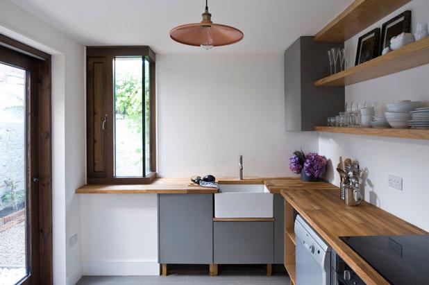 Contemporary Kitchen by Jane Higgins Home Design