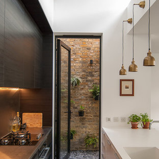 Inspiration for a modern kitchen remodel in London