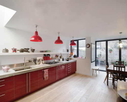 Superieur Inspiration For A Mid Sized Contemporary Single Wall Eat In Kitchen Remodel  In