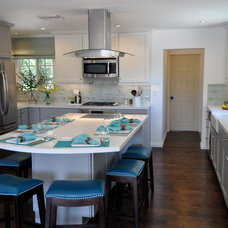 Contemporary Kitchen by Stonecrest Custom Homes, Inc.