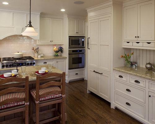 kitchen crown molding - Kitchen Molding Ideas