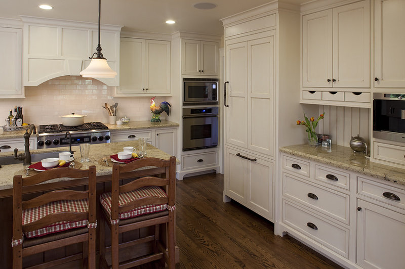 9 Crown Molding Types To Raise The Bar On Your Kitchen Cabinetry
