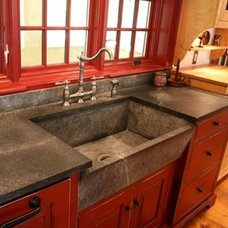 Traditional Kitchen by Fine Lines
